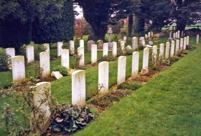 Commonwealth War Graves St. Andrew Churchyard