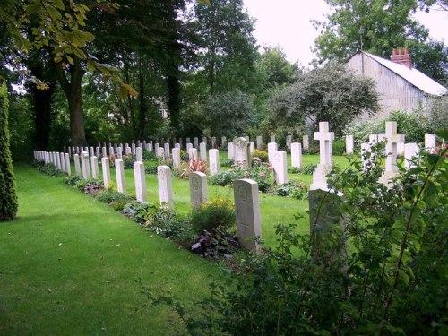 Oorlogsgraven van het Gemenebest St Mary New Churchyard