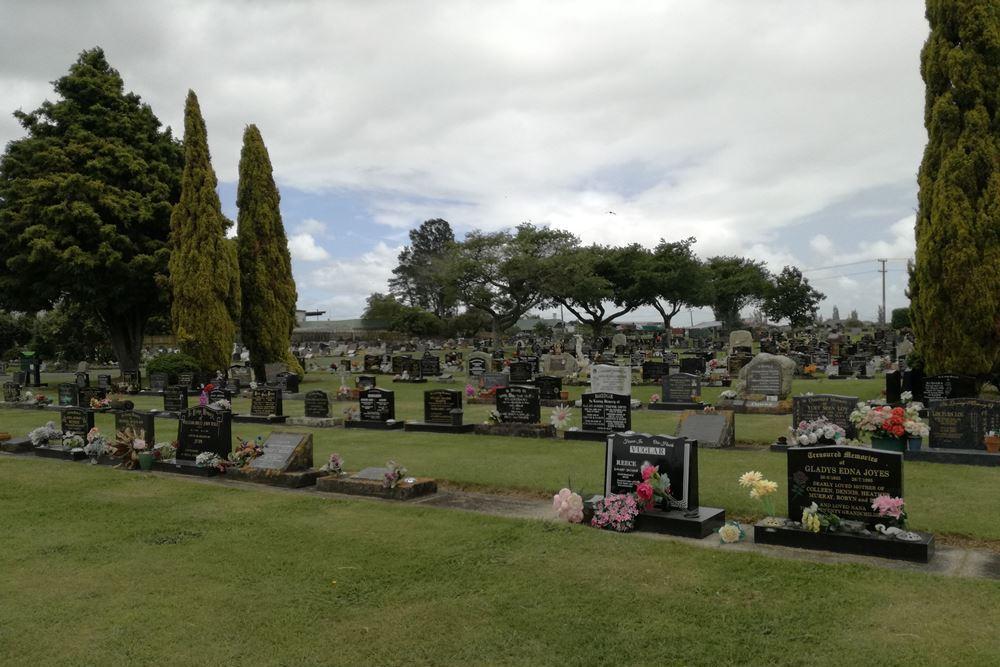 Oorlogsgraven van het Gemenebest Hautapu Public Cemetery