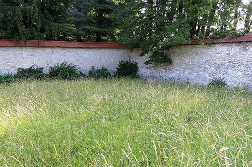 Mass Grave Castle Wall No. 2