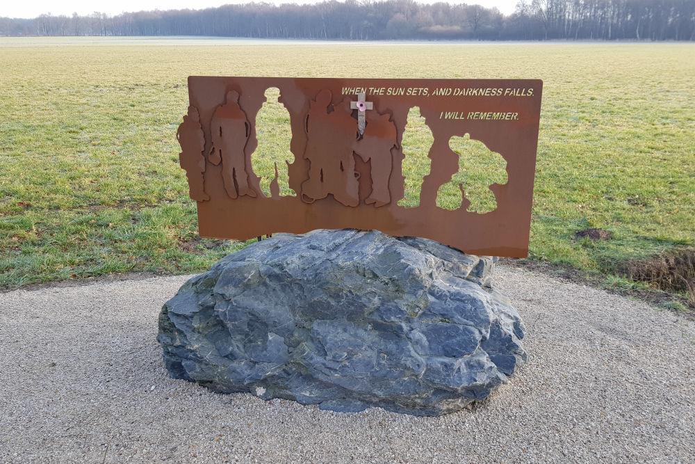 Memorial Lancaster ND762