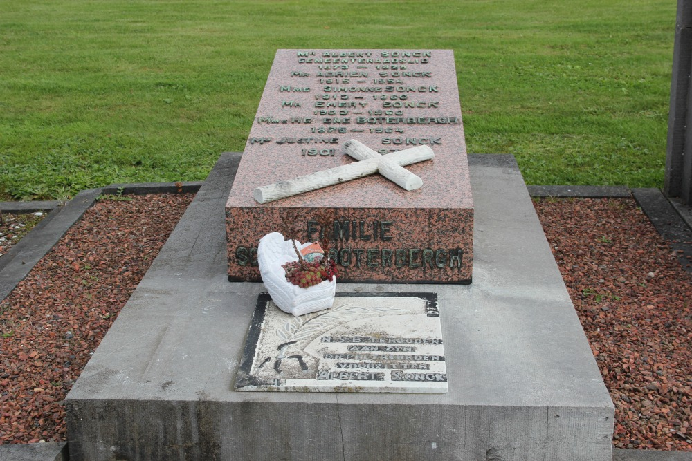 Belgian Graves Veterans Erembodegem