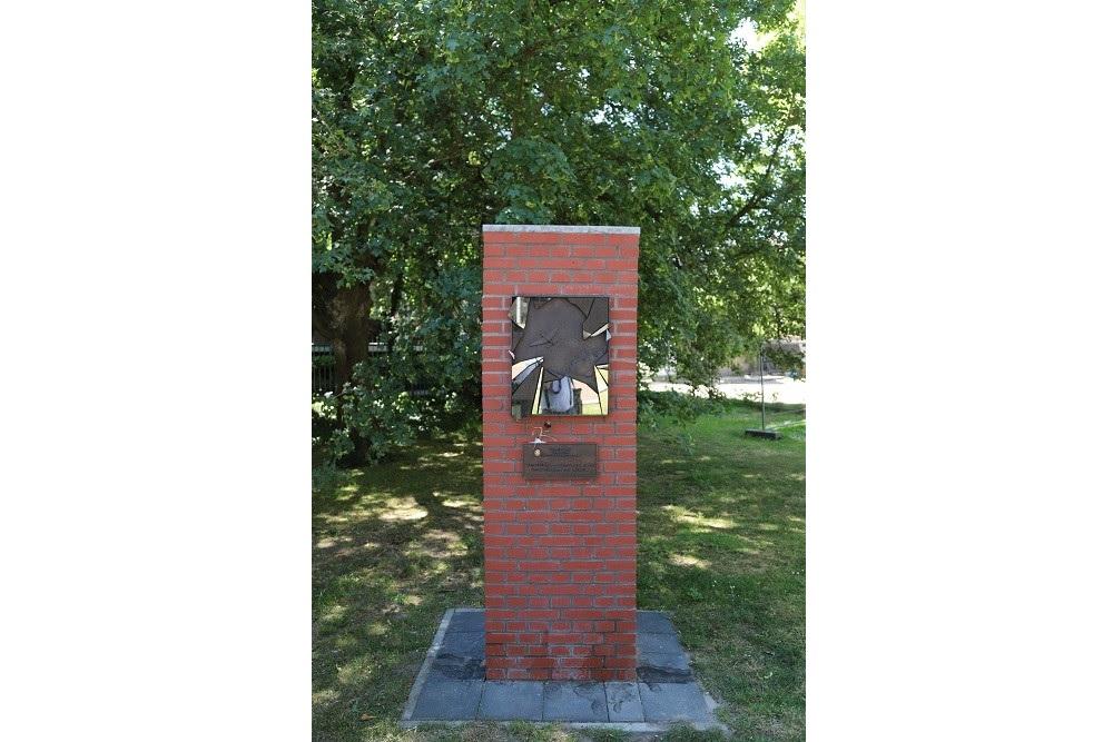 Plaque Bombardment Tilburg