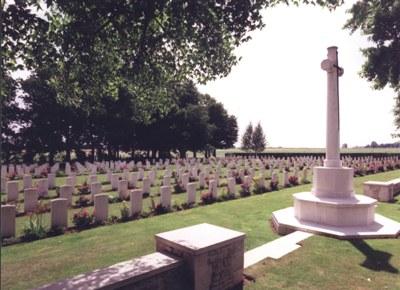 Oorlogsbegraafplaats van het Gemenebest Fontenay-le-Pesnel