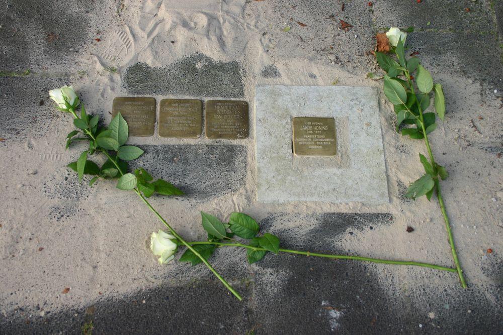 Stolpersteine H.W. Mesdagstraat 71a