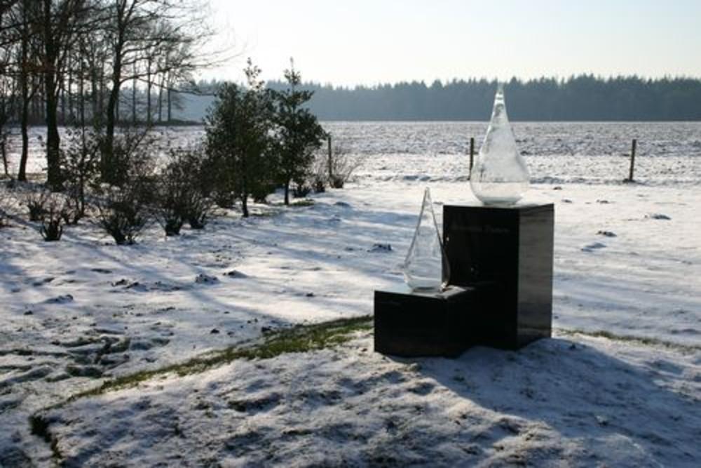 Memorial Frozen Tears Camp Westerbork