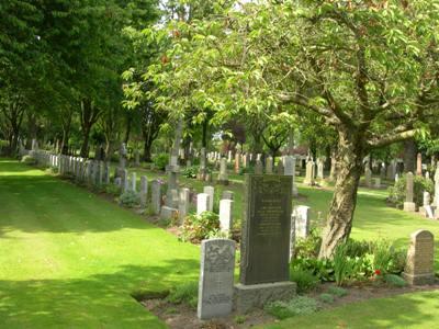 Commonwealth War Graves Dunfermline Cemetery