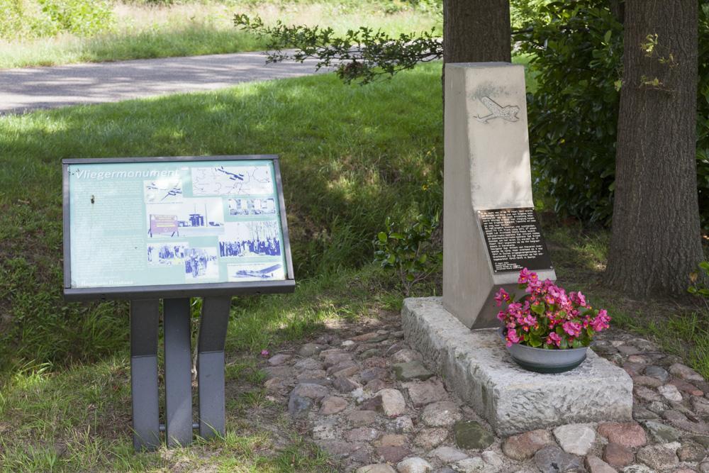 Monument Crash Amstrong Whitworth Whitley V