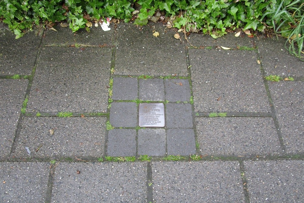 Remembrance Stone Burgemeester van der Stadtstraat 108