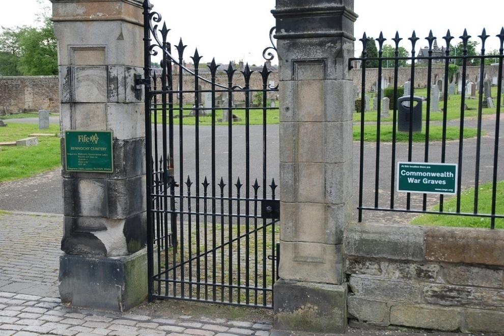 Commonwealth War Graves Bennochy Cemetery