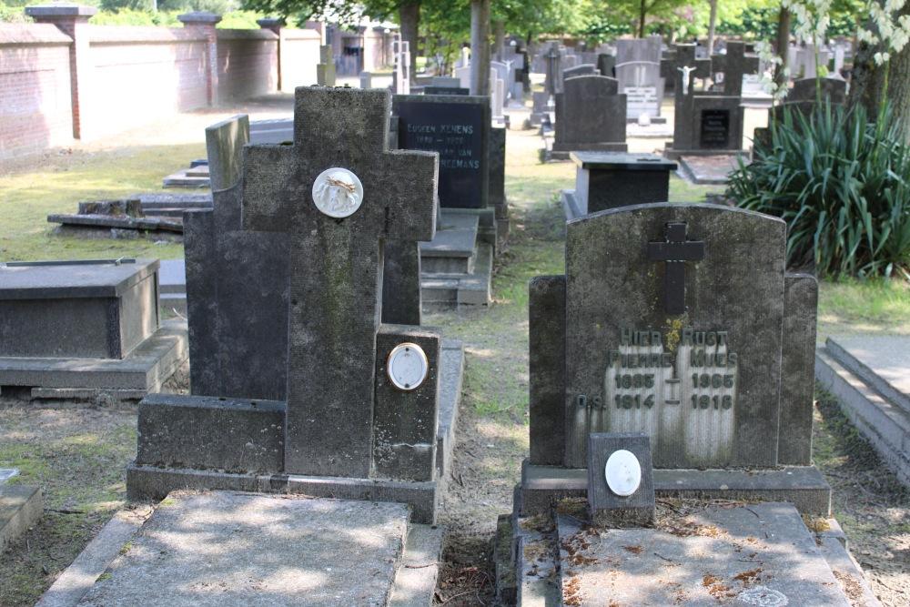 Graven Oudstrijders Neerpelt