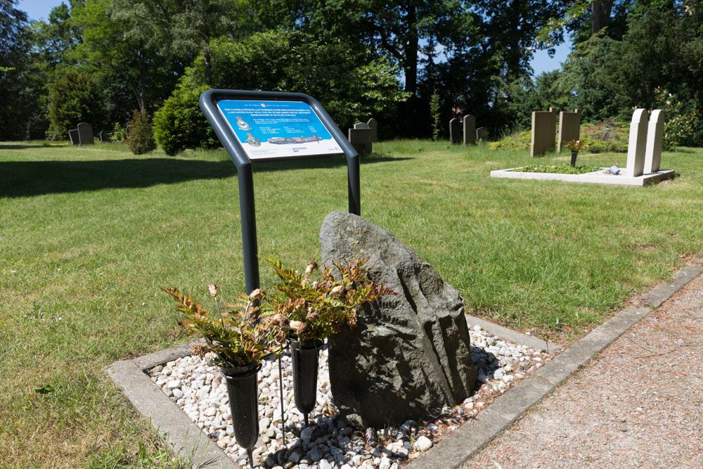 Monument Bemanningsleden Lancaster LL914 WS-U