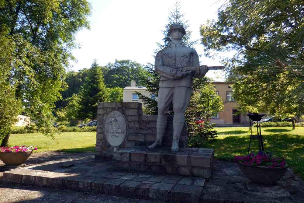 Monument Poolse LWP Soldaten Węgorzyno