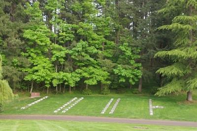 Commonwealth War Graves Royal Oak Burial Park