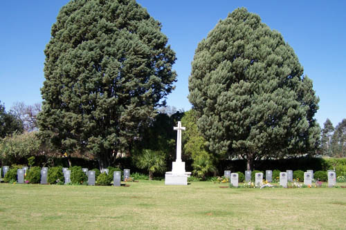 Commonwealth War Cemetery Hamilton
