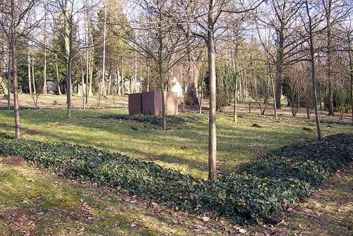 Massagraf Duitse Burgerslachtoffers