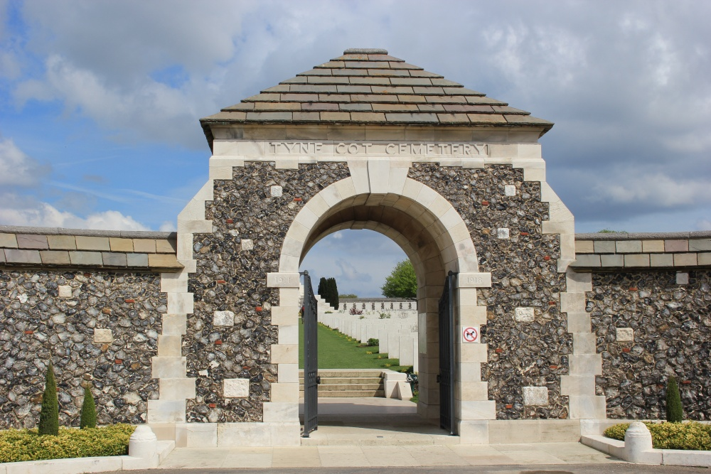 Commonwealth War Cemetery Tyne Cot Cemetery
