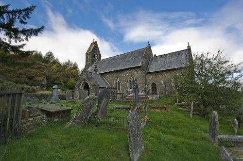 Oorlogsgraven van het Gemenebest St. Gwynno Churchyard