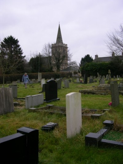 Commonwealth War Graves St. Ricarius Churchyard and Extension