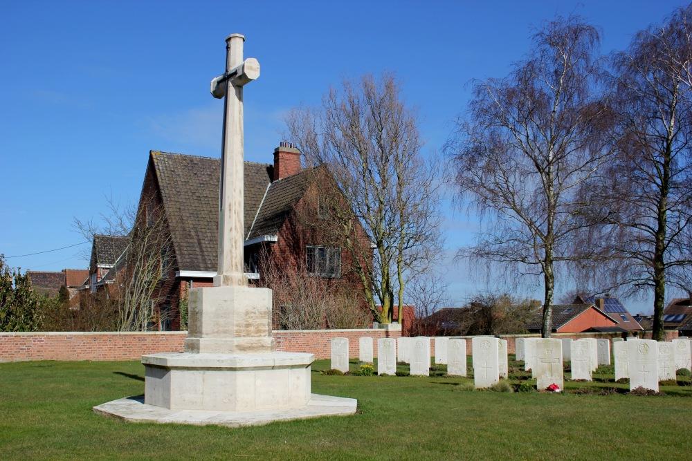 Commonwealth War Cemetery Westoutre British Cemetery