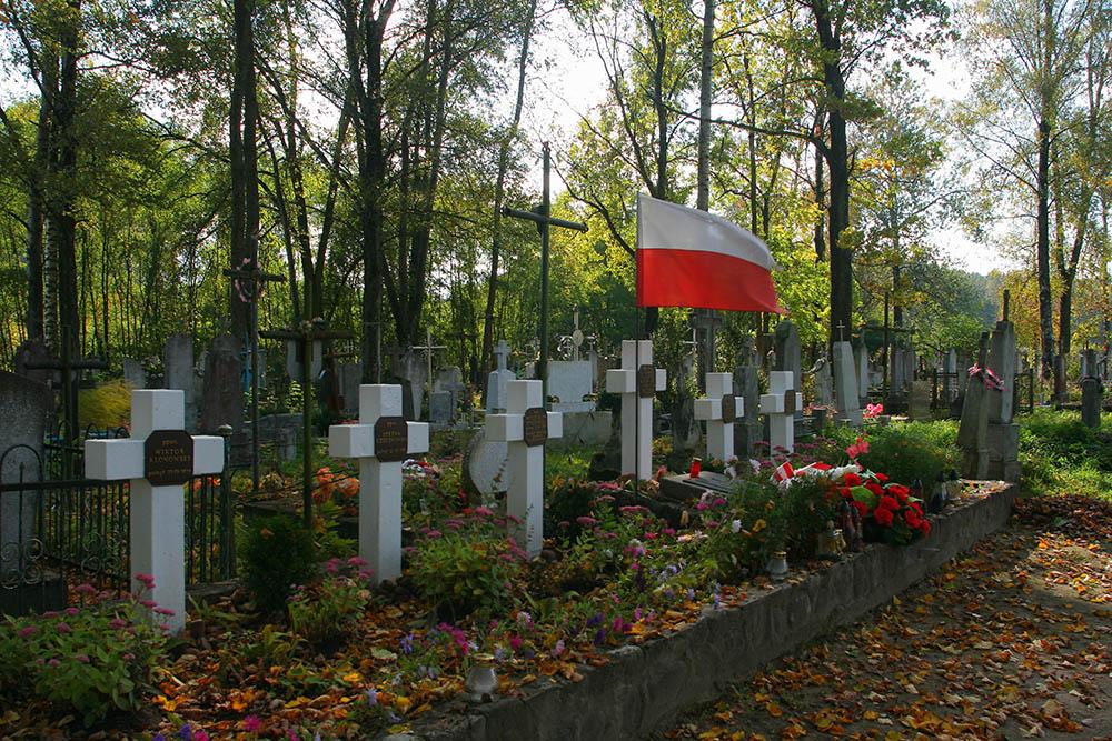 Poolse Oorlogsgraven Balianienty