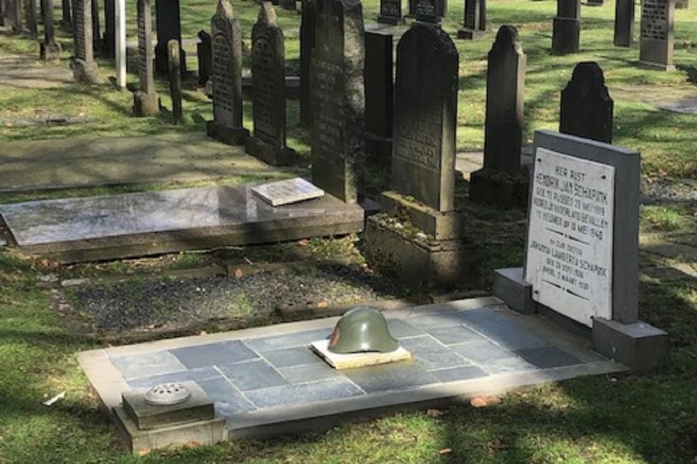 Dutch War Graves Municipal Cemetery Rijssen