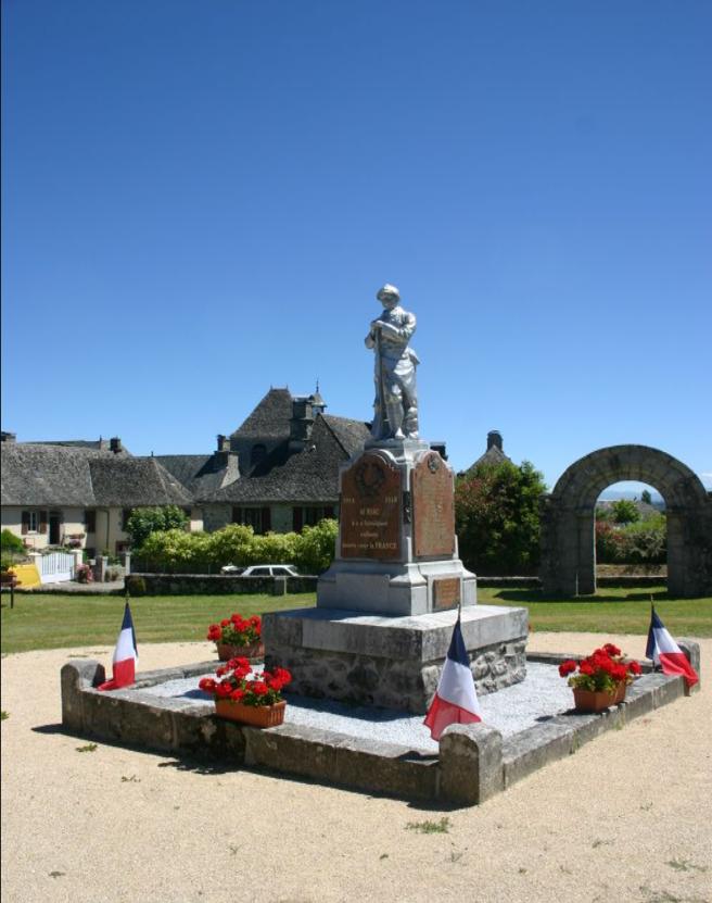 War Memorial Auriac