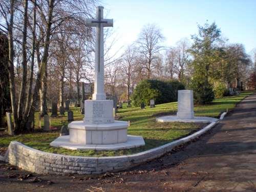 Commonwealth War Graves Riddrie Park Cemetery