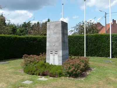 War Memorial and Belgian War Graves Heppen