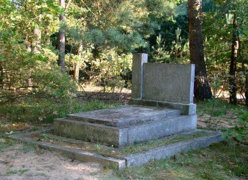 Mass Grave Soviet Soldiers Pieczyska