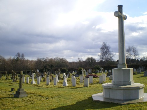 Commonwealth War Graves Milford Cemetery