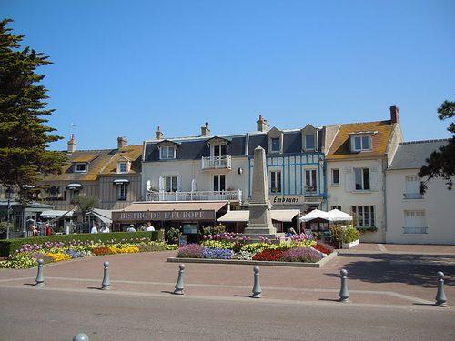 War Memorial Courseulles-sur-Mer