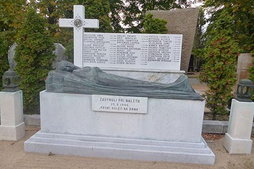 Czechoslovakian War Graves Zidenice Cemetery