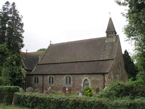 Commonwealth War Grave Holy Innocents Churchyard