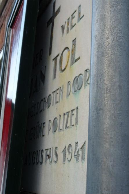 Plaquette Jan Tol Volendam