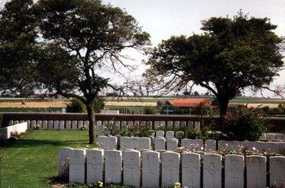 Oorlogsgraven van het Gemenebest Beuvry Extension