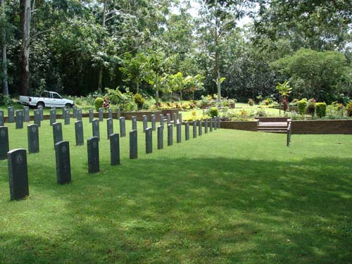 Commonwealth War Graves Hillary Cemetery