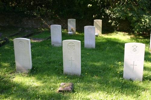 Commonwealth War Graves Kingston Cemetery