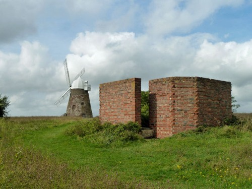 Remains High Frequency Direction Finding Station Halnaker Hill