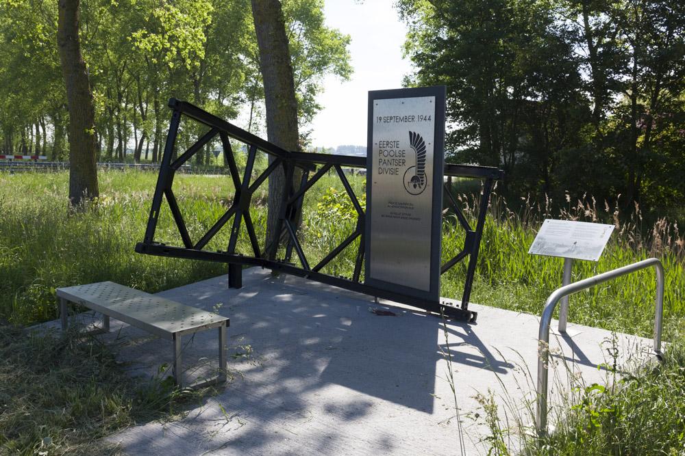 Polish memorial Axel
