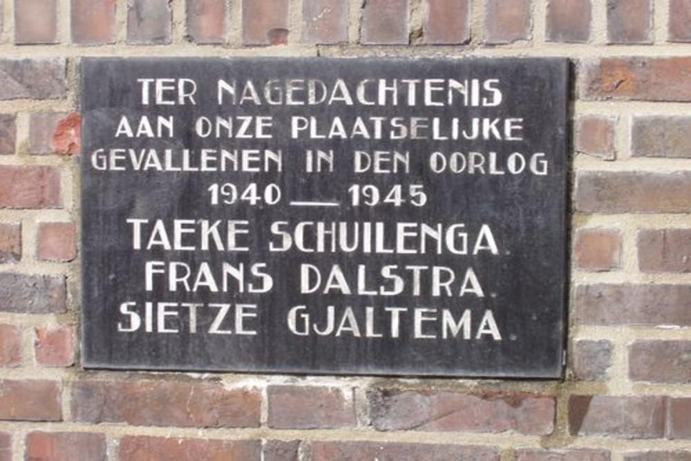 Herdenkings Plaquette  Torenplein