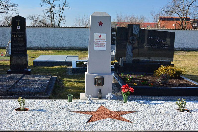 Russian Mass Grave Deutsch Jahrndorf