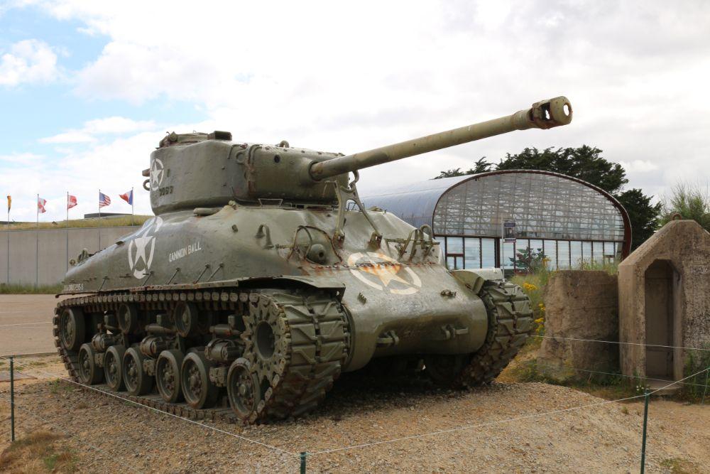 M4A1(76)W Sherman Tank Utah Beach