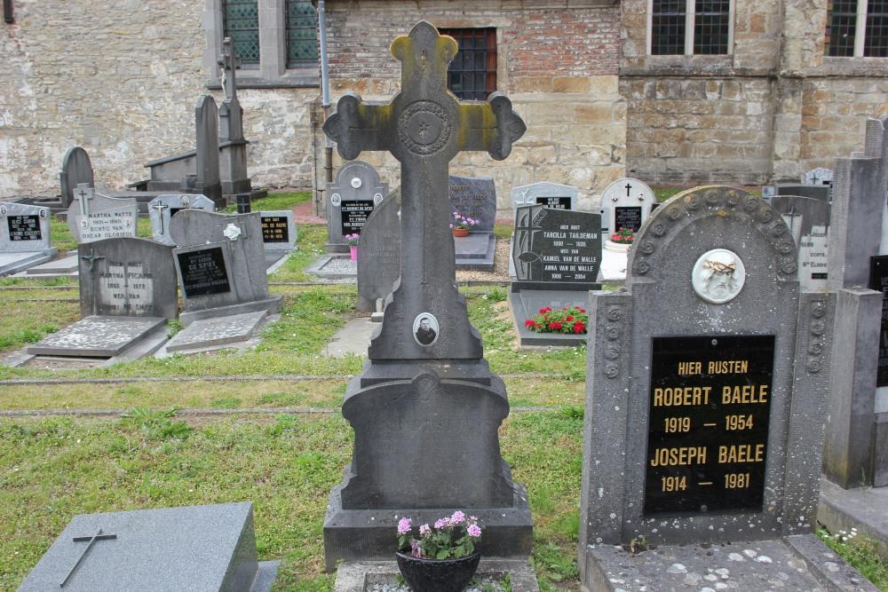 Belgian War Grave Paulatem