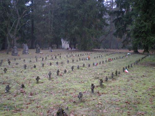 Kampbegraafplaats Schneidemühl