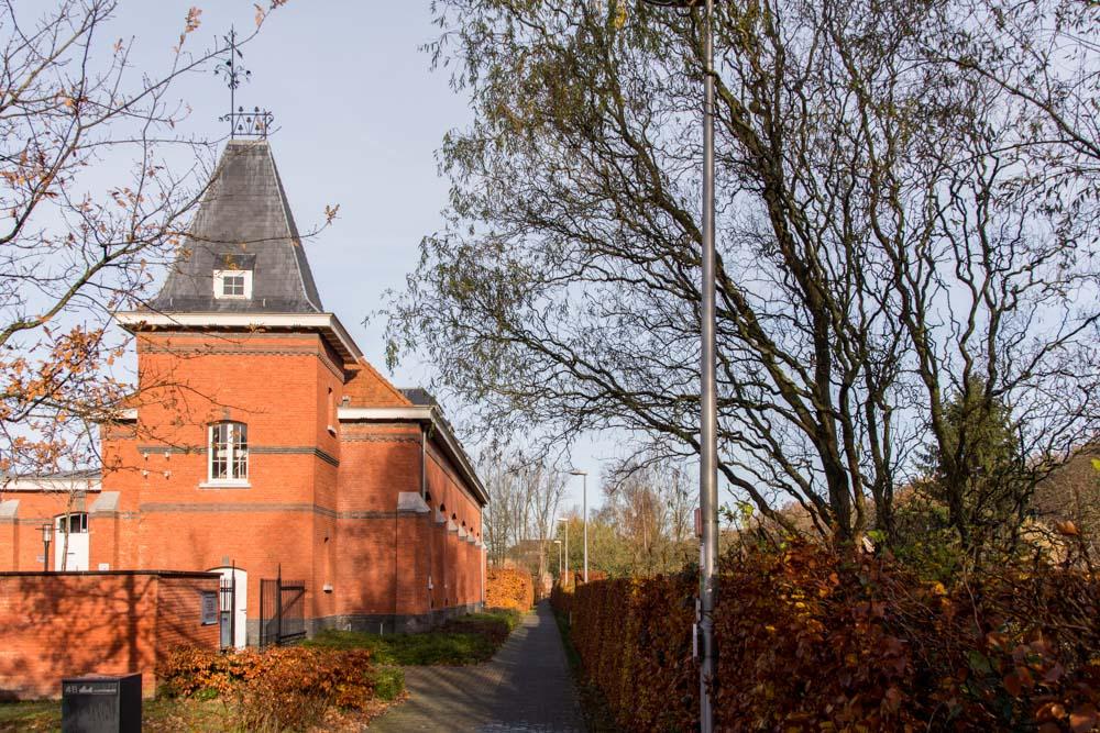 Gedenksteen Oud-Leerlingen School Merksplas-Kolonie Omgekomen in WOI en WOII