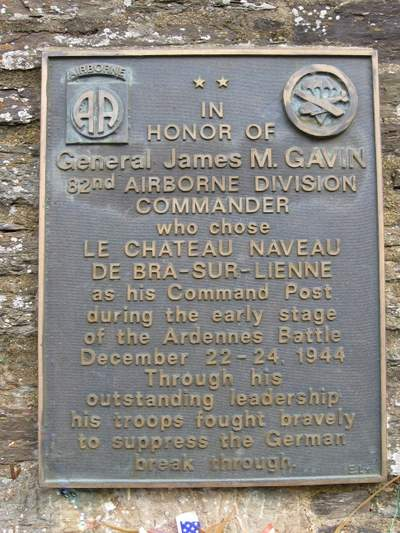 Plaque General James M  Gavin - Lierneux - TracesOfWar com
