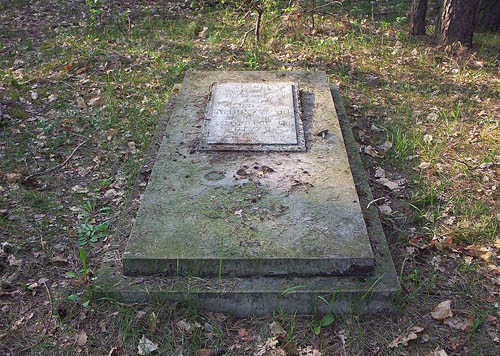 Partisan Field Grave Adamow Adamow Tracesofwar Com