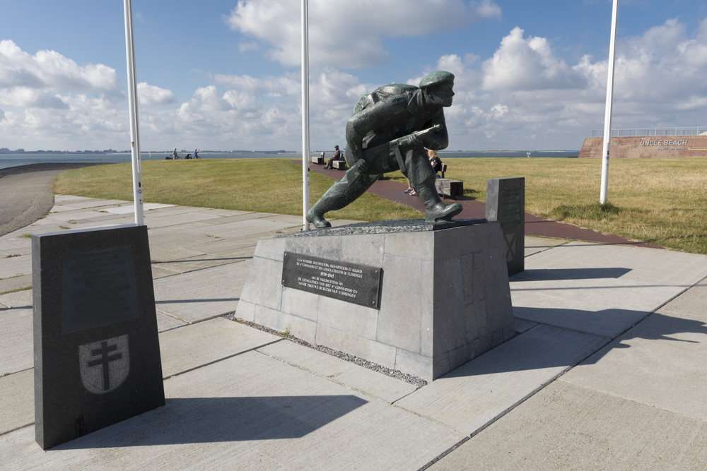 Uncle Beach Memorial (Liberation Memorial Vlissingen)