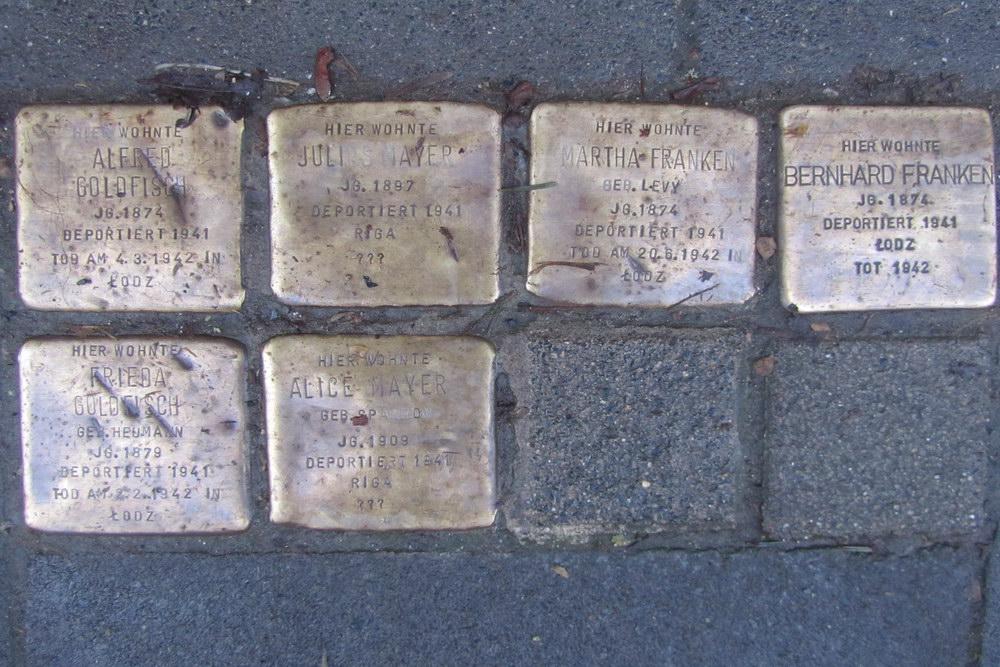 Stumbling Stones Titusstraße 10